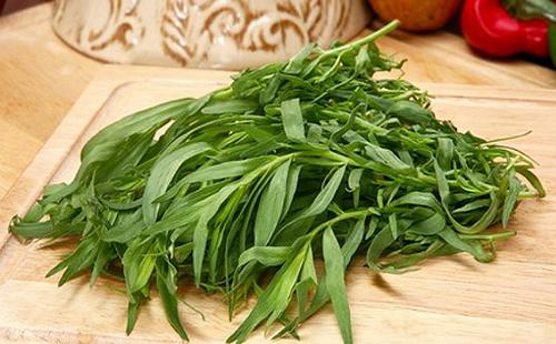 Пряная трава на столе