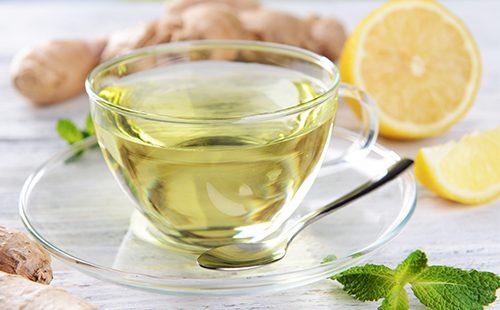 Прозрачный чай из имбиря