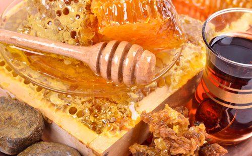 Деревянная палочка для меда и соты
