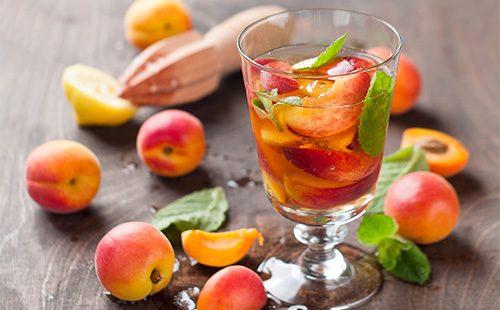 Напиток из персиков