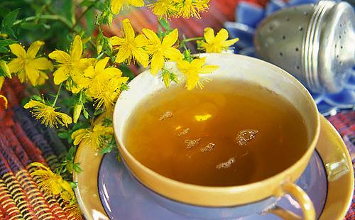 Чашечка чаю из жёлтых цветов