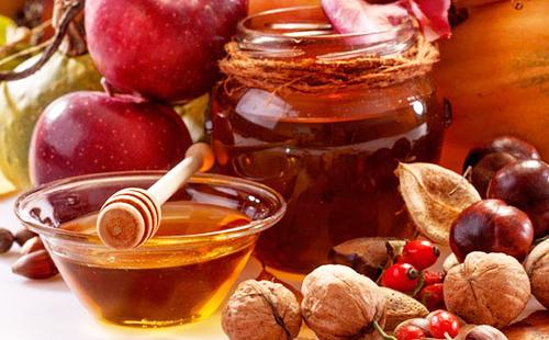 Мёд, яблоки и осенний урожай