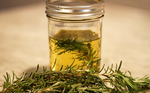 Янтарная субстанция из душистой травы
