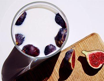 Инжир с молоком от кашля: рецепты из сушеных и свежих плодов, как варить детям и взрослым, отзывы об эффективности